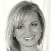 Susan Hutcherson (RE/MAX ELITE)