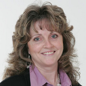 Lisa Tollis, SRES (Royal LePage State Realty, Brokerage.)