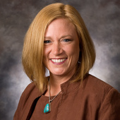 Tracy Sullivan (Coldwell Banker Commercial Moore Company Realty)