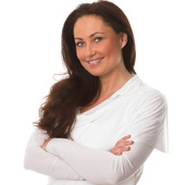 Stephanie Perrault, Realtor Associate (Coldwell Banker Residential Brokerage)
