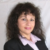 Nahid Monahelis (Windermere Select Properties)