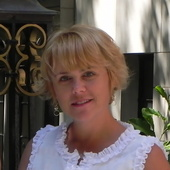 Laura Sargent (Carolina One Real Estate)