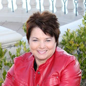 Mary Kennedy, Realtor - Las Vegas RE/MAX (REMAX CENTRAL Summerlin)