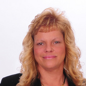 Tina Curtis (RE/MAX assoc plus)