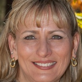 Holly Meneou (Realty Executives Northern Arizona - Prescott AZ Realtor)