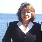 Pam Turley-Lucido (Home Towne Real Estate)