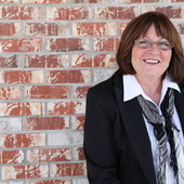 Donna J. Stephens, CRS (BHHS Ambassador Real Estate)