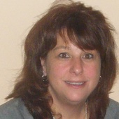 Deborah Lint (Realty Associates)