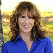 Carol  Kilburn, Sebago Lake Area Expert (RE/MAX Allied)
