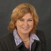 Dianne Hicks (Realty ONE Group)