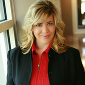 Holli McCray, The Holli McCray Group (Keller Williams Realty)