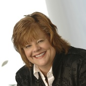 Diane Osowiecki, Greater Nashville Real Estate (Diane O and Friends - Benchmark Realty)