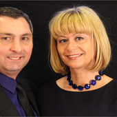 Gizo Ujarmeli  Elena Naschke, Wausaugem.com - The GEM Team  (Coldwell Banker Action )