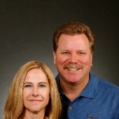 Gary & Maureen Glunz (MCO Realty)