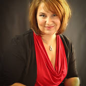 Trisha Lustig, Real estate agent serving Oswego area. (Trisha Lustig - Real Estate Agent)