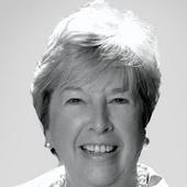 Carolyn Hallett (McDevitt Sothebys International Realty)