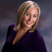 Jodie Farup (Century 21 Queenswood Realty )