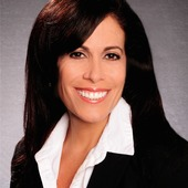 Linda Zecchino, Real Estate Referral Agent ( United Realty Group)