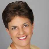 Audry Wolff, for Real Estate in Phoenix Mesa and Gilbert  (Solutions Real Estate)