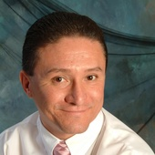 Oscar Zamudio (Coldwell Banker Commercial NRT)