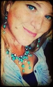 Julie Nearing (Vision Real Estate LLC)