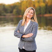 Tracy Hillier, Specializes in Lake Norman and surrounding areas  (Lake Realty)
