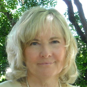 Betsy  (Elizabeth) Hartge (RE/MAX Advantage Realty)