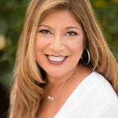 Annette Mejia, Make Every Day a Vacation (Big Island Hawaii Real Estate)