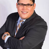 Phillip Himes, Selling Homes in The Houston Bay Area (Century 21 Paramount)