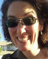 Leah Pollack (REALTOR, DRE#01805569, CA, Licensed Broker)