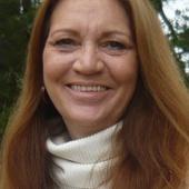 Leslie Risinger (Century 21 Daniel and Associates Realty, Inc.)