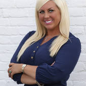 Amanda V. Stepp, Amanda V. Stepp, Associate Broker (Prudential Don Foster Realtors)