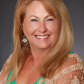 SUSAN USHER, ON THE COAST LET US BE YOUR HOST (Sea Crest Real Estate)