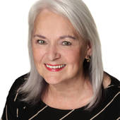 Mary Stewart, Wilsonville and Surrounding Portland Metro Areas (HomeTrust Real Estate, LLC, Homes for Everyone)