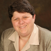 Molly McGrory (RE/MAX Town & Country)