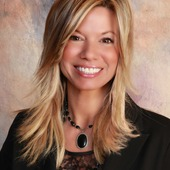 Tracy Wanner, Realtor (Howard Hanna Real Estate)