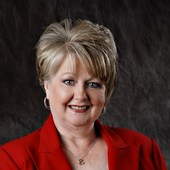 Peggy  Meeker (Centry 21 Indian Realty)