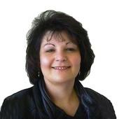 "Pam Winterbauer, ""Providing Blue Ribbon Service"" (Pam Winterbauer Real Estate)"