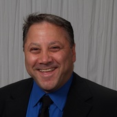 Alan Abramson, Luxurious Waterfront & Club Communities (RE/MAX Complete Solutions)
