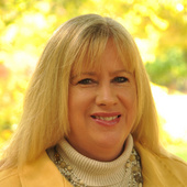 Linda  Rademacher (Century 21 Blackwell & Co. Realty, Inc.)