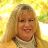 Linda  Rademacher (Century 21 Blackwell & Co. Realty, Inc.)