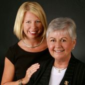 Kristi and Jewell Knight (RE/MAX Southern Shores)