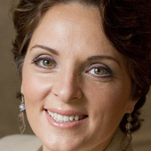 Joanne Gauthier, Nashville & Williamson Co. Real Estate Specialist (Berkshire Hathaway HomeServices - Woodmont Realty)