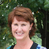 Miriam Wray (Compliments Home Staging & Redesign)