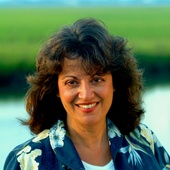 Angie Shoemaker, Real Estate Agent (Re/Max Beach & Golf)