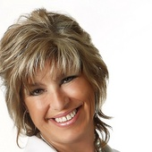 Kay Bailey (Coldwell Banker United Realty Professionals)