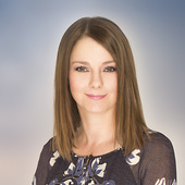 Crystal Tost, Real Estate Made Easy (RE/MAX Realty Professionals)