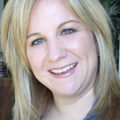 Laura Cunningham, Voted Best Real Estate People-Brampton (Re/Max Realty Services Inc. )