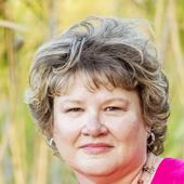 Tammy Davis (Flora Real Estate Group)