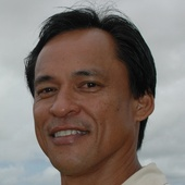 Fonz Nartatez (Hawaii Life Real Estate Services)